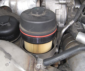 6.4L Power Stroke fuel filter assembly