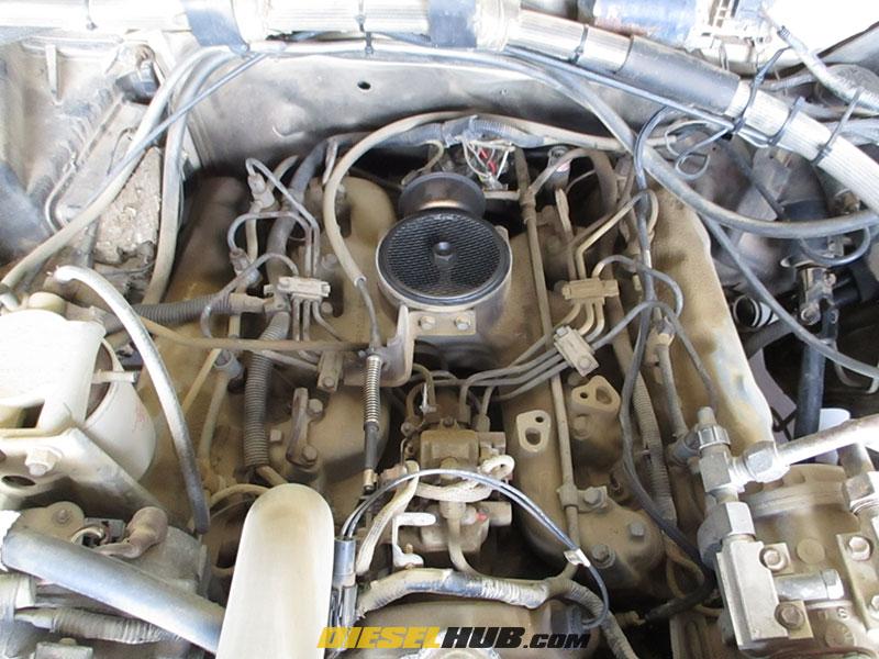 idi diesel engine, air cleaner removed